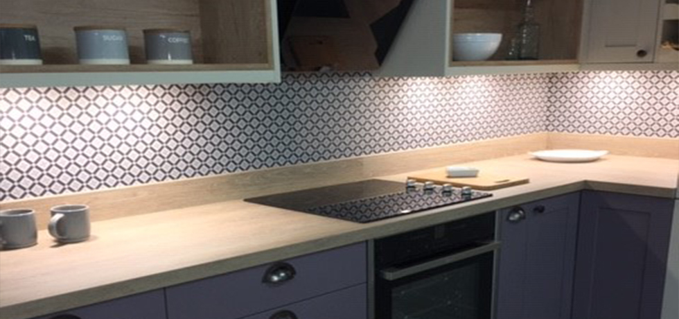 Bussens & Parkin Ltd displaying Vista Kaleidoscope Cool Blue acrylic splashback.